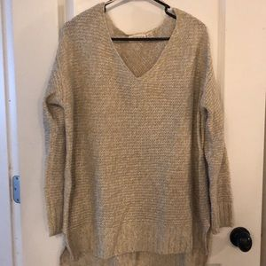 SOFT RetRod Tan/crm long sleeve v nec HiLo sweater